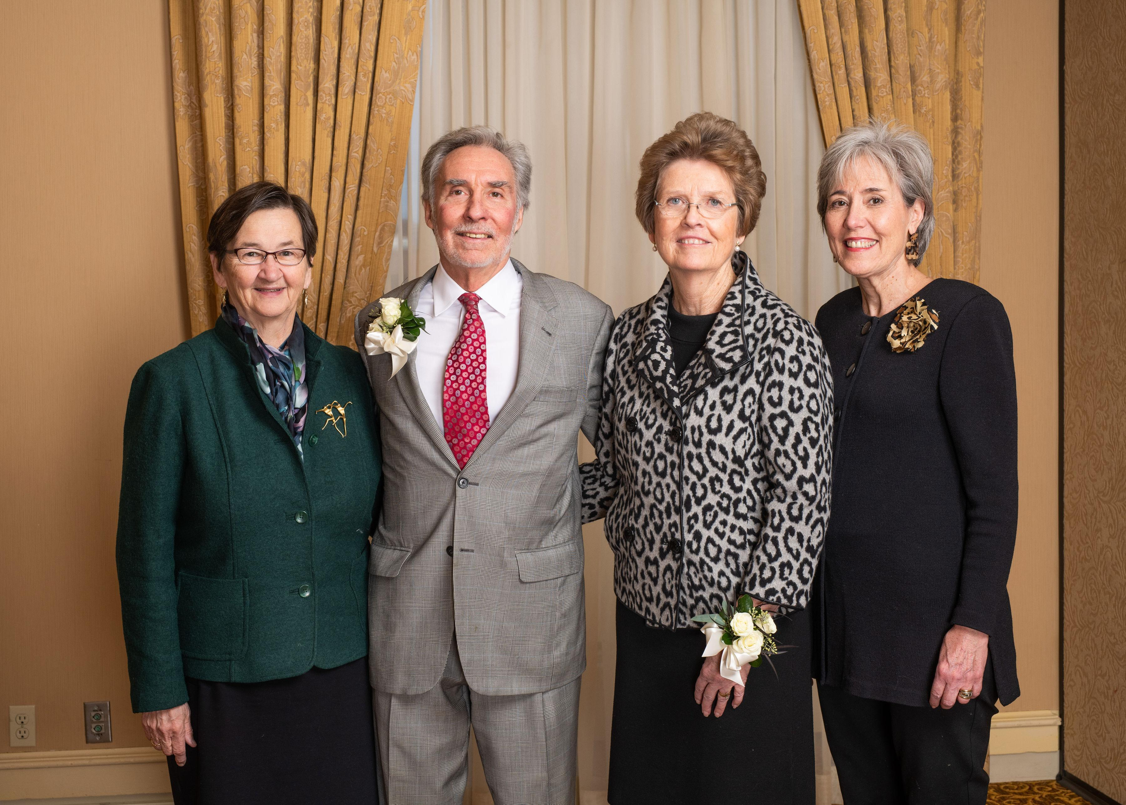 Joan & Peter Bruce with nominators from Greater Milwaukee Foundation and Alverno College